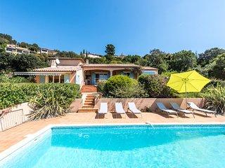 33878 villa, 3 bedrooms, stunning sea view, pool 10 x 4.5 mtr, airconditioning