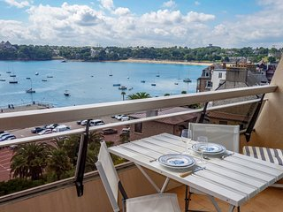 1 bedroom Apartment in Dinard, Brittany, France : ref 5558952