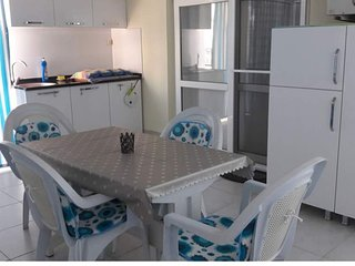 Studio/Family Room.Kitchen and Private Terrace. Close to Altinkum Beach. Didim.