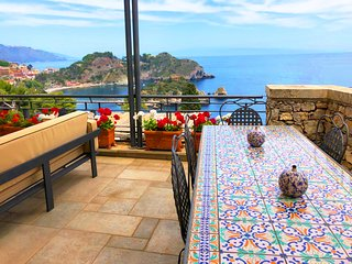 SEA VIEW VILLA ISOLA BELLA  Exclusive Use with Mini Pool Terrace Jacuzzi