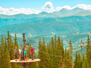 Slopeside Studio Just Steps to Downtown + Alpine Fun!