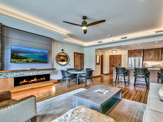 2 Br 2 Ba Luxury Condo. Walk to South Lake Tahoe!