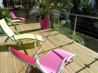 Saint Pierre - Apt meublé climatisé de 100 m² dans résidence avec piscine