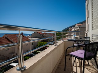 Vista 4★1BR apt★sea view balcony★peaceful neighborhood