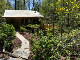 Amazing Waterfront Couples Paradise - Whitewater and Boulders - Luxury Log Cabin