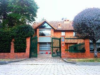 Espectacular casa campestre con EMPLEADA INCLUIDA!!!