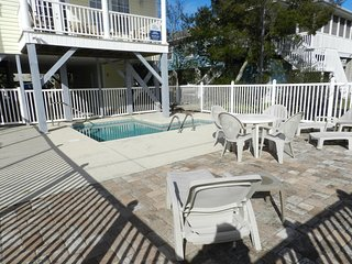 Cayman Hutt  is next to park, fishing pond and short walk to beach