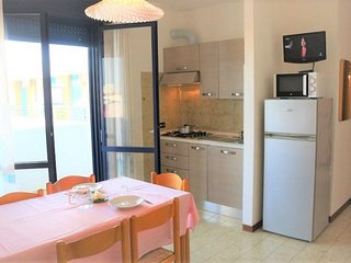 Nice apartment very close to the beach with balcony