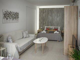 A&G Modern Home