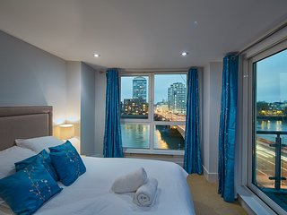 Second Nest Thames View 3 bed