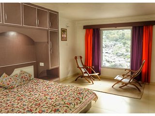 Rocks n River Homestay (Deluxe Suite 7)