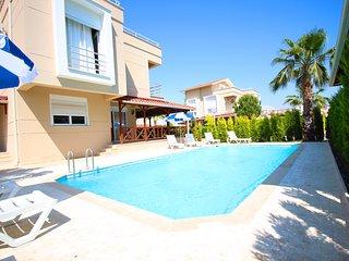 Paradise Town Villa Lucky