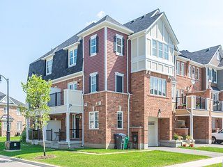 Stunning 4 Bedroom TownHome