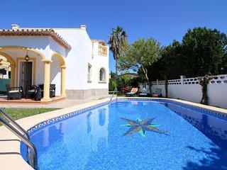 Villa con piscina, aire en toda la casa Ref.241558