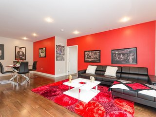 URBAN HOLLYWOOD MODERN 3BR/3BA SUITE