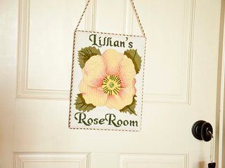 Lillian's Rose Room