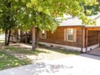 Evergreen Marina Lake Eufaula Oklahoma (Large Cabin)