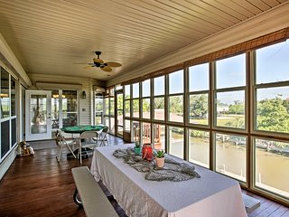 NEW! 'Reelin & Dealin' New Orleans Waterfront Home