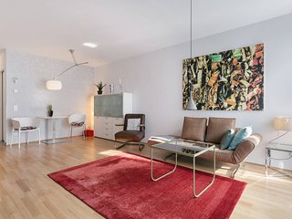 The luxe - perfect city flat in young Dresden-Neustadt