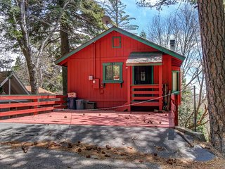 NEW LISTING! Cozy cabin w/outdoor space near woods, lake, seasonal activities