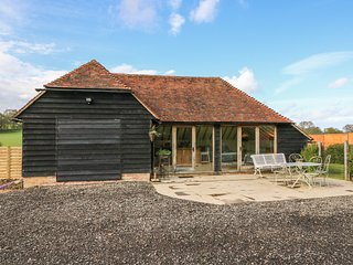 THE GRANNEX, barn conversion, exposed beams, open-plan, Ref 923716