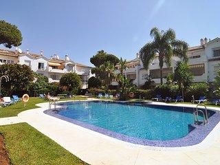 El Presidente KENT: Luxury Comfort, Heated Pool, Wifi, Close to Beach & Marbella