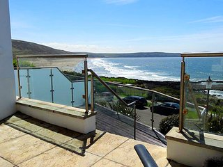 2 Little Beach a wonderful seafront apartment in much sought after property