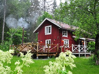 Swedish log cabin 'The Old Cottage'