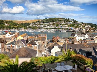 Dartmouth Townhouse - Panoramic views across the river Dart