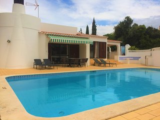 Jardim Vale do Milho, 3 Bed Villa With Private Pool Near Golf Course, Carvoeiro