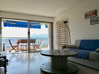 2 BR apartment, modern, sea view, balcony, shared pool, private parking