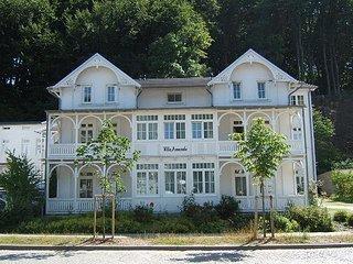 Binz/ Rügen: Gemütliche 2-Zi-FeWo in VILLA AMANDA im schönen alten Ortskern