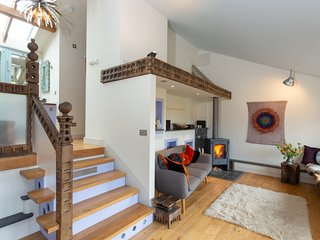 Romantic Arty Haven on Farm, Kingsbridge in Devon