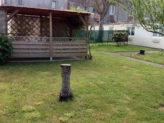 gite rez de jardin, calme, sur jardin clos,  plage St Efflam- 6/7 personnes