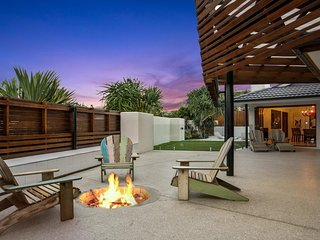 OneCoral - Contemporary Beach Living