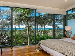Kiah 11 Beach House Ocean views