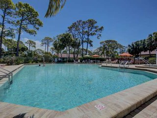 Great South Sarasota Locale, Heated Pool/Spa, Tennis, Private Laundry