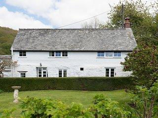 Bratton Mill Cottage, Bratton Fleming - Charming country cottage in North Devon,
