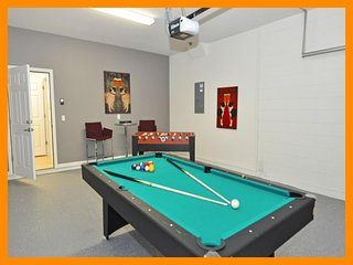 Watersong Resort 10 - Modern villa with private pool and game room