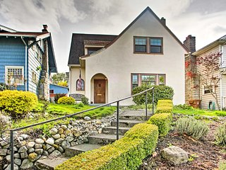 NEW! Classic Tacoma Home w/Bay Views-Near Old Town