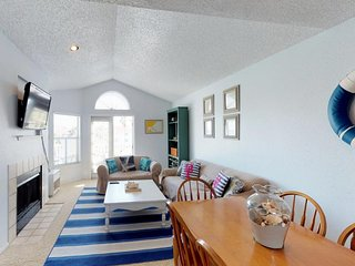 Dog-friendly, seaside retreat with easy beach access and a shared pool!