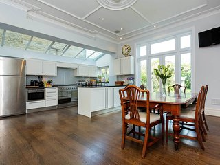 Veeve - Traditional Style in Wandsworth