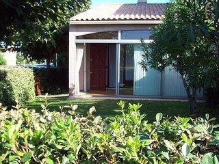 Maison St Cyprien Plage 66750 Plage a 100m  + piscine pour residence et parking