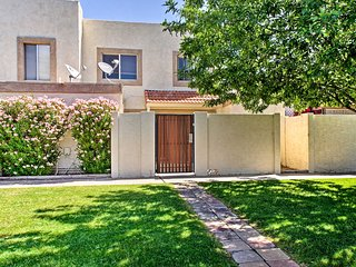 NEW! Golf Course Condo 3 Mi to Old Town Scottsdale