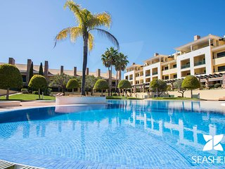 Casa Olive - Sun Kissed 3-Bedroom Townhouse in a Peaceful Area of Vilamoura.