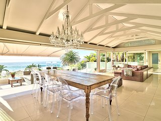 Very special bungalow right on Clifton 4th beach