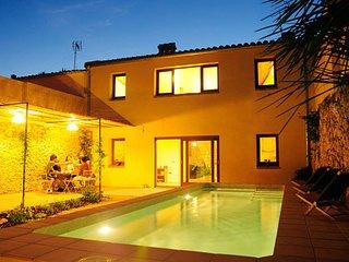4 bedroom Villa in Sant Vicenç de Castellet, Catalonia, Spain : ref 5622400