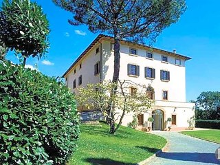 8 bedroom Villa in Florence, Tuscany, Italy : ref 5433053