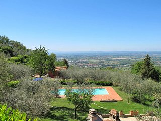 2 bedroom Villa in Castiglion Fiorentino, Tuscany, Italy : ref 5446267