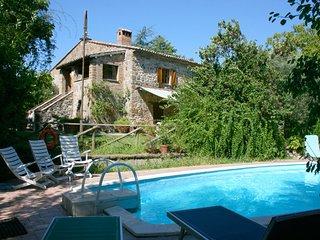 Rocca Ripesena Villa Sleeps 8 with Pool - 5490457